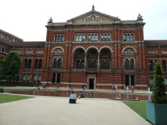 Courtyard in Victoria and Albert Museum