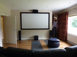 The Marshall's 3 metre screen